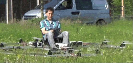 可载人飞行的无人机已经出现 你敢坐吗?