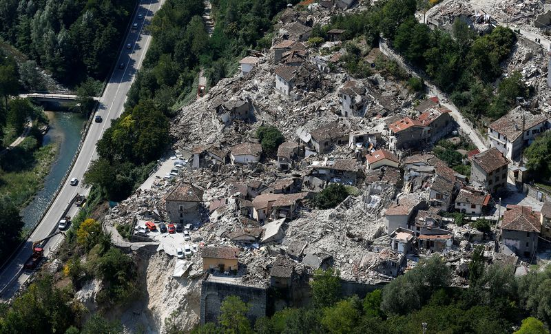 REFILE - CORRECTING HEADLINE A general view after earthquake that levelled the town in Pescara del Tronto, central Italy, September 1, 2016. REUTERS/Stefano Rellandini