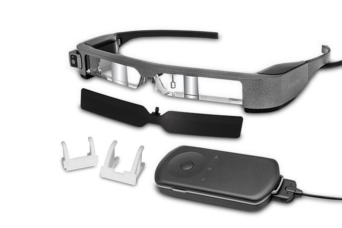 Moverio BT-300 FPV 智能眼镜与一般眼镜外形差别不大。