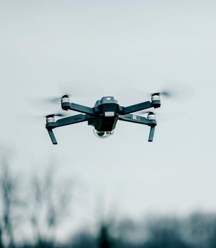 drone-2588240_1280.jpg