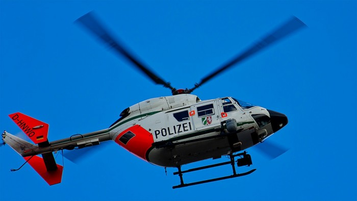 helicopter-250810_1280.jpg