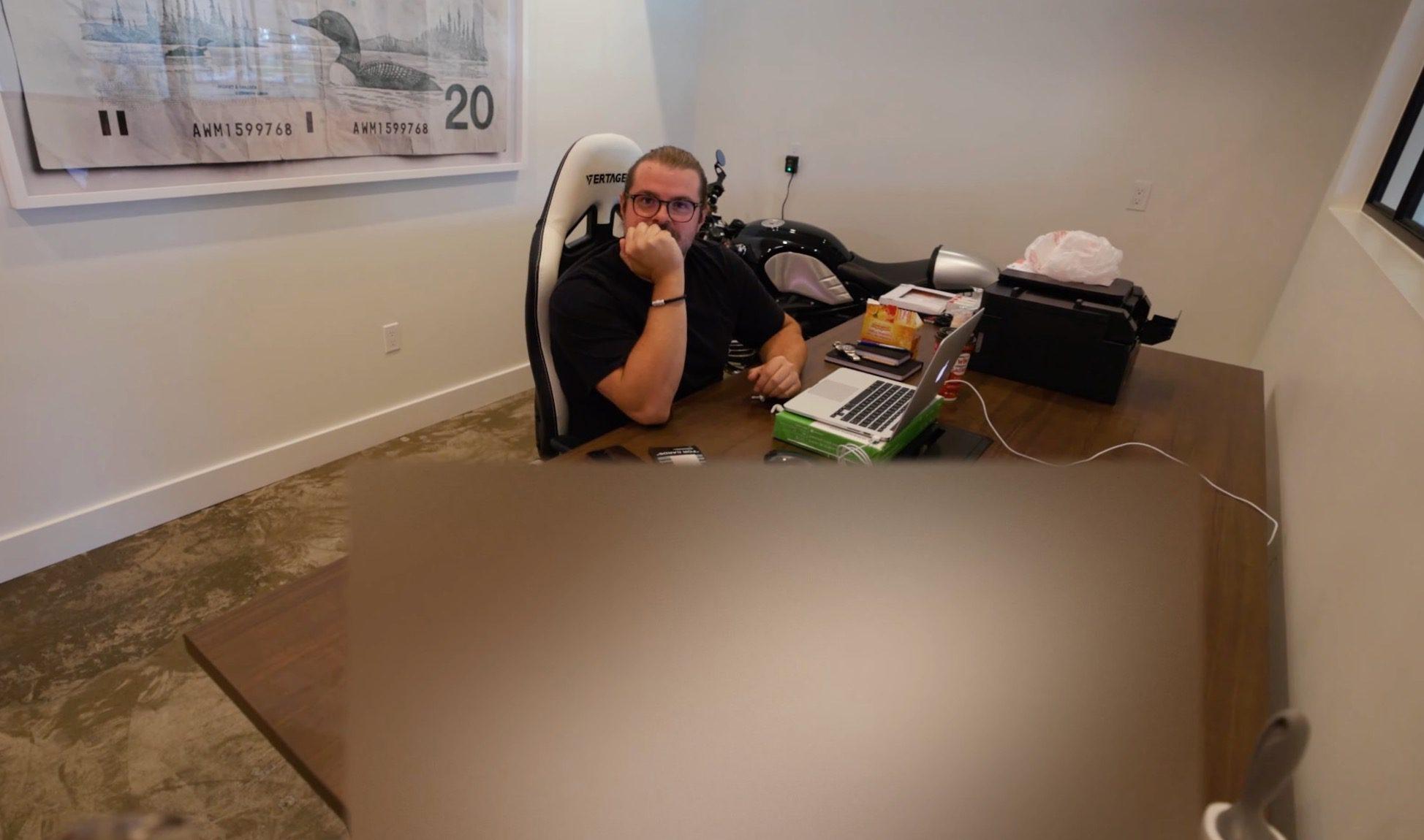 Peter McKinnon 不小心展示了 DJI Action 2 相机